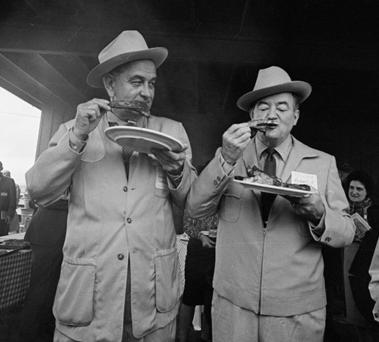LBJ and HH eating BBQ