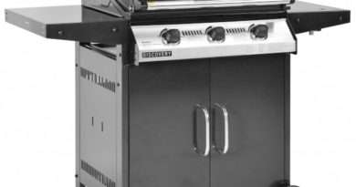 Beefeater Discovery 1000R 3-Burner Gas Grill